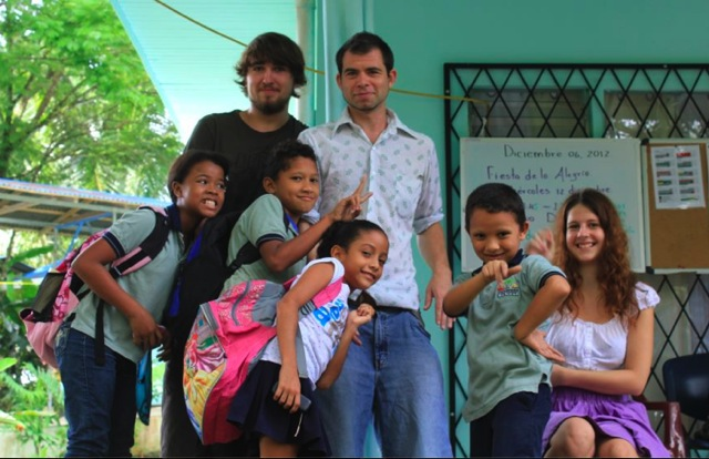 Volunteers and their kids at a school in Puerto Jimenez in Costa Rica